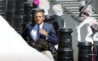 Σε εγχείρηση ο James Bond (photos)