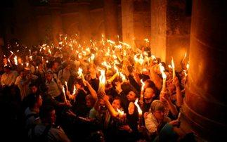 """""""Το Άγιο Φως θα ταξιδέψει και φέτος στην Ελλάδα"""""""