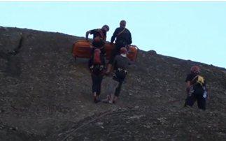 Επιχείρηση μεταφοράς ορειβάτριας στον Όλυμπο