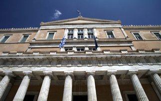Αντεγκλήσεις στη Βουλή για την επαναλειτουργία της ΕΡΤ