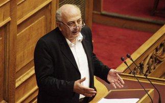 Υπέρ της κατάργησης της Τράπεζας Θεμάτων ο Αμανατίδης