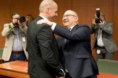 Ο Γάλλος ΥΠΟΙΚ διαψεύδει τις Κασσάνδρες: Δεν υπάρχει θέμα Grexit, σεβαστό το δημοψήφισμα