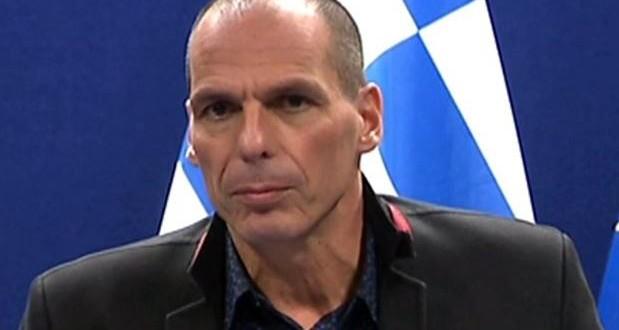 Ο Τσίπρας πιέστηκε από στελέχη της κυβέρνησης να παραδοθούμε – Βαρουφάκης