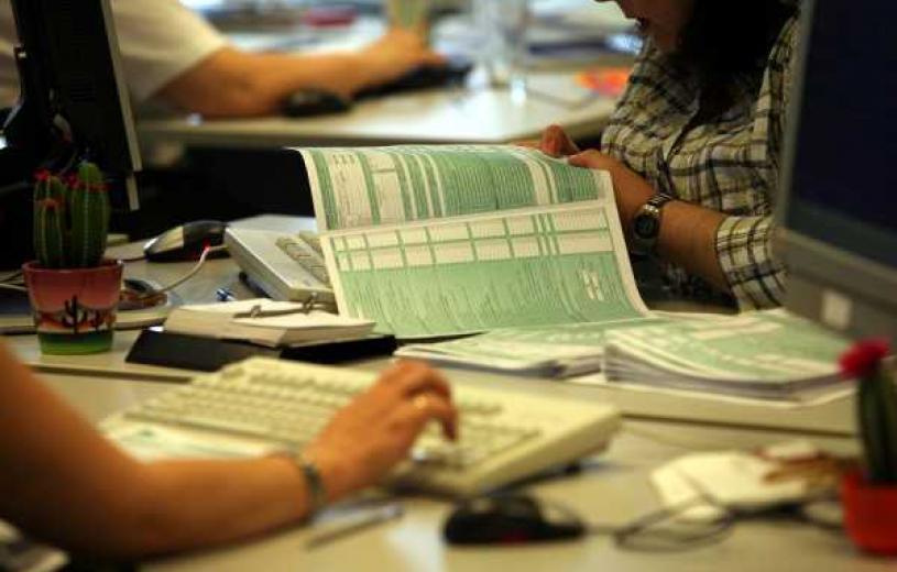 Δευτέρα 31 Αυγούστου η καταληκτική ημερομηνία για τις φορολογικές δηλώσεις