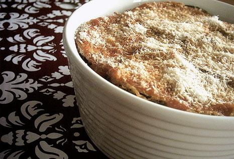 Μελιτζάνες στο φούρνο με τυριά