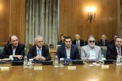 Δεν είστε μόνιμοι, τα υπουργεία δεν ανήκουν σε εσάς, ανήκουν στον ελληνικό λαό – Τσίπρας