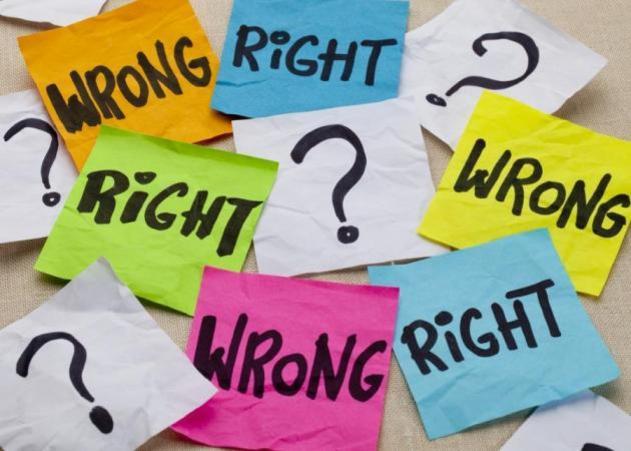 Μήπως επιλέγεις πάντα τον λάθος άνθρωπο..; Τι φταίει..; Μήπως εσύ..;