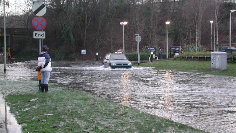 Φονικές πλημμύρες στη Γαλλία- Τουλάχιστον 12 νεκροί