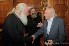 Ιερώνυμος: Ο Γλέζος μου ζήτησε εκκλησιαστική κηδεία (ΒΙΝΤΕΟ)