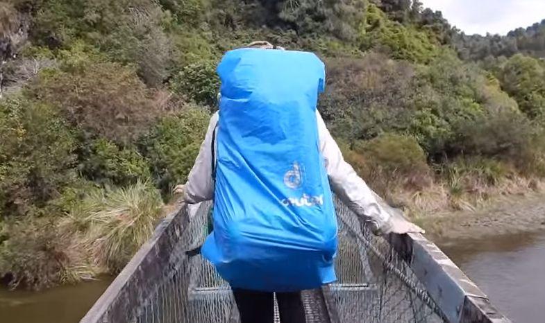 Απίστευτο ΒΙΝΤΕΟ – Διέσχιζαν γέφυρα και… κατέρρευσε!