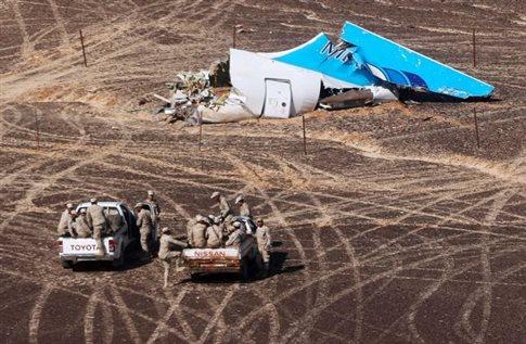 Τα μαύρα κουτιά «δείχνουν» έκρηξη στο ρωσικό αεροπλάνο