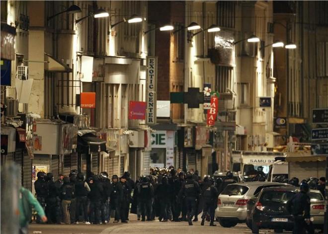 Νεκρή μία καμικάζι σε αστυνομική επιδρομή στο Παρίσι- Πέντε συλλήψεις
