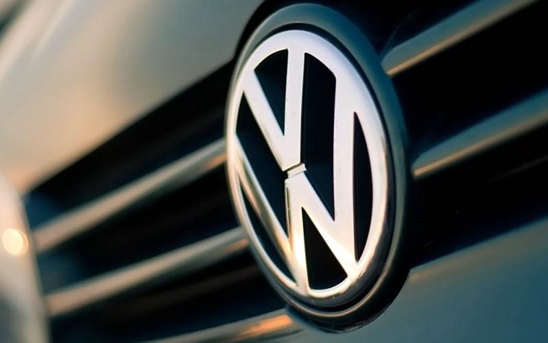 Η VW αναλαμβάνει το αυξημένο κόστος των τελών κυκλοφορίας για 800.000 οχήματα