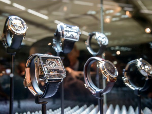 Tα πιο περίτεχνα ρολόγια που νίκησαν στο φετινό «Όσκαρ ωρολογοποιίας» (ΦΩΤΟ)