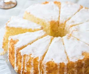 Το τέλειο κέικ λεμόνι με γλάσο για τα Χριστούγεννα!
