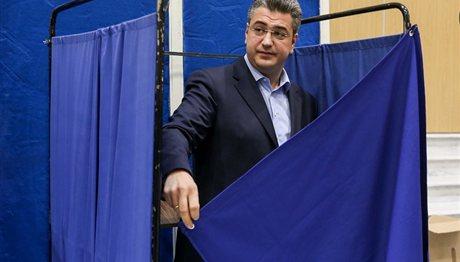 Κάλπες στη ΝΔ: Στη Θεσσαλονίκη ψήφισαν Τζιτζικώστας και Καραμανλής (ΦΩΤΟ)