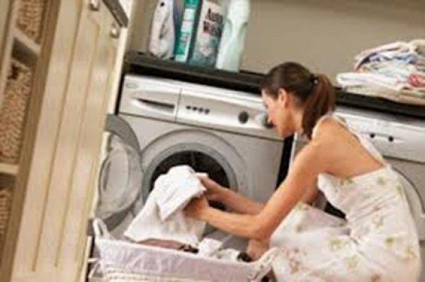 Έξι λάθη που κάνουν και δε ξέρουν όσοι βάζουν πλυντήριο ρούχων