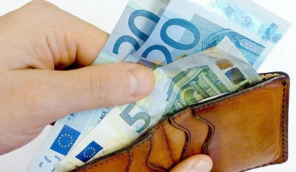 Πάτρα: Δυο Βουλγάρες έμπαιναν σε μαγαζιά με ρούχα και άρπαζαν τα πορτοφόλια των πελατών