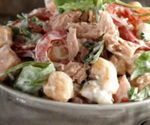 Συνταγή της τελευταίας στιγμής: Ρεβίθια σαλάτα με ρόκα και τόνο