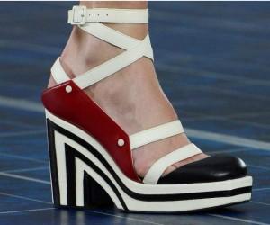 b54ab240e14 Newsorama: Τα πιο must παπούτσια για την άνοιξη..! – Ανανέωσε την  γκαρνταρόμπα σου!