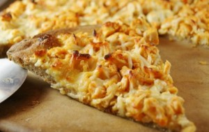 Σπιτική πίτσα με κοτόπουλο για το Σαββατοκύριακο!