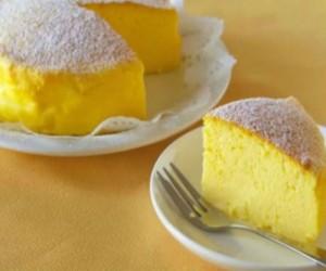 Το ιαπωνικό cheesecake με μόλις τρία υλικά που έχει τρελάνει το ίντερνετ!