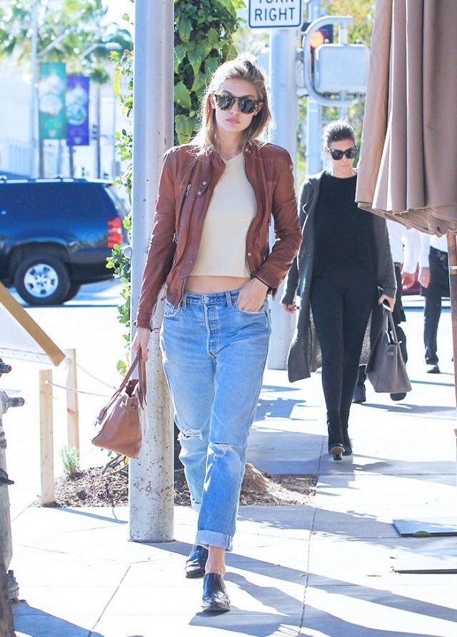 Ripped jeans : Η τάση που επανέρχεται στην μόδα!
