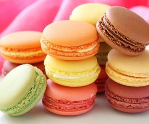 Αυθεντικά γαλλικά macarons: Φτιάξε τα εύκολα μόνη σου!