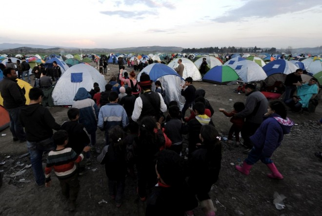 Από τις 4 Απριλίου οι παράτυποι μετανάστες θα επαναπροωθούνται στην Τουρκία