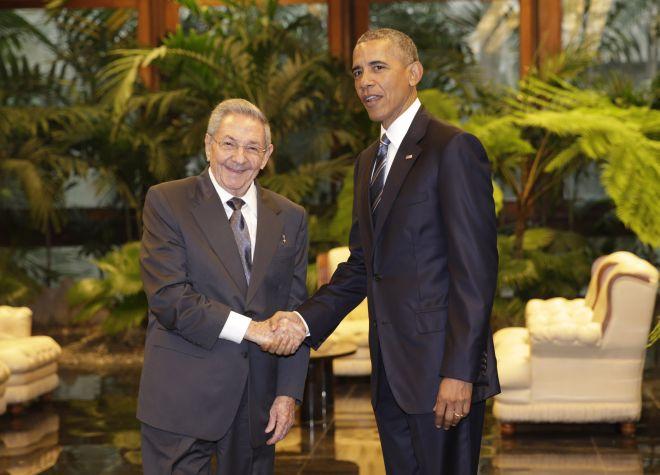 Βέβαιος για άρση του εμπάργκο στην Κούβα ο Ομπάμα αλλά…