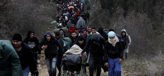 Γαλλικό Πρακτορείο: Δεκάδες παράνομοι μετανάστες πέρασαν από την Ελλάδα στα Σκόπια