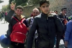 Ανοίγουν και τα πανεπιστήμια για σπουδές στους πρόσφυγες