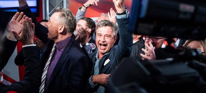 Η Αυστρία ψηφίζει πρόεδρο, ο ακροδεξιός Χόφερ χτυπά την πόρτα