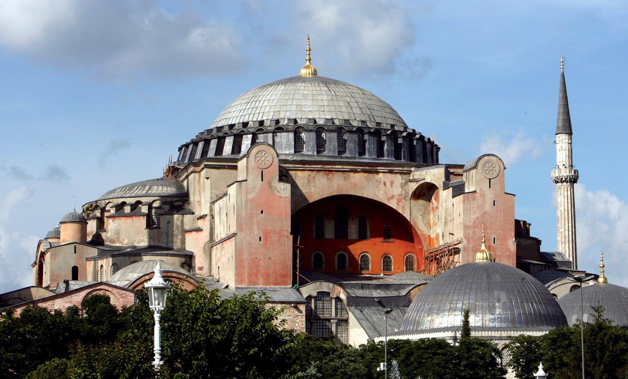 Ρώσος βουλευτής: Να μετονομαστεί από Ιστανμπουλ σε Κωνσταντινούπολη