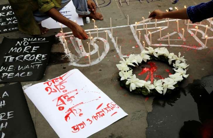 Με ματσέτες σκότωσαν τους ομήρους οι δράστες της επίθεσης στο Μπαγκλαντές