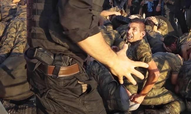 Συγκλονίζουν τα βασανιστήρια στους Τούρκους στρατιώτες (ΒΙΝΤΕΟ-ΦΩΤΟ)