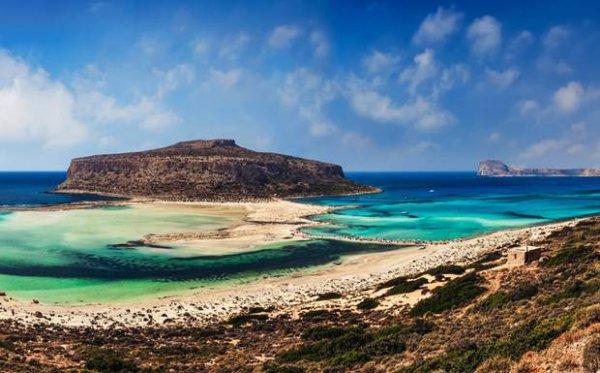 Δυο ελληνικά νησιά στα 10 καλύτερα της Ευρώπης