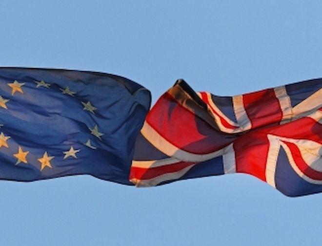 Αργεί ακόμα το αίτημα της Βρετανίας για Brexit
