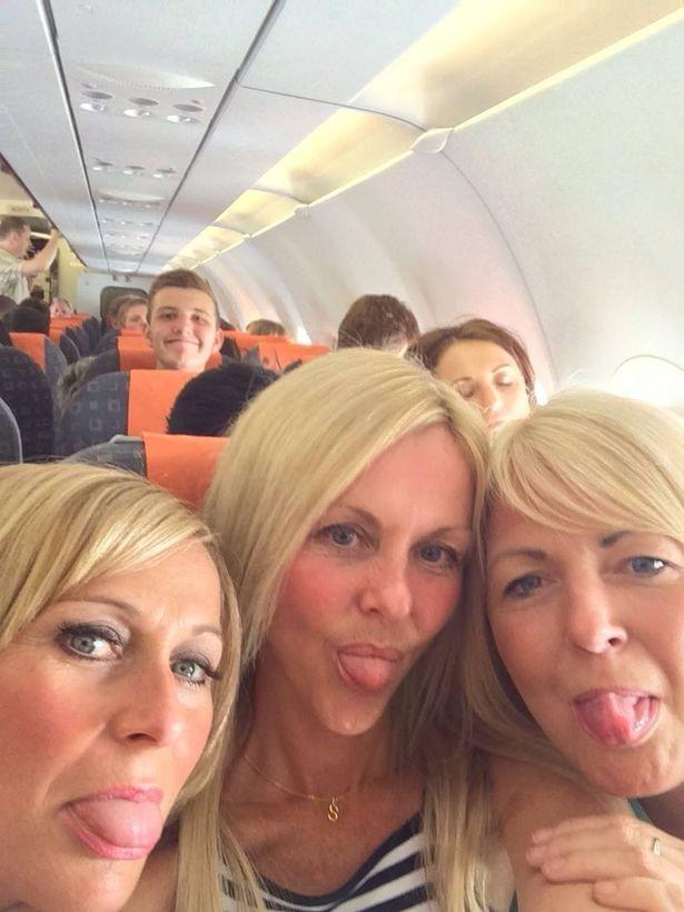 Έβγαλαν την ίδια selfie δύο χρόνια μετά και ανακάλυψαν κάτι απίστευτο