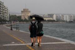 Καιρός στη Θεσσαλονίκη: Πρόσκαιρες καταιγίδες… πριν τον καύσωνα