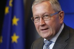 Κλ. Ρέγκλινγκ: Η Ελλάδα μπορεί να βγει από το πρόγραμμα σε δύο χρόνια