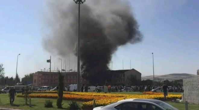 Έκρηξη σε αστυνομικό τμήμα της Τουρκίας