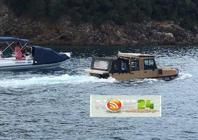 Αποκλειστικό:  Ένα τζιπ στα καταγάλανα νερά του Ιονίου! (ΒΙΝΤΕΟ/ΦΩΤΟ)
