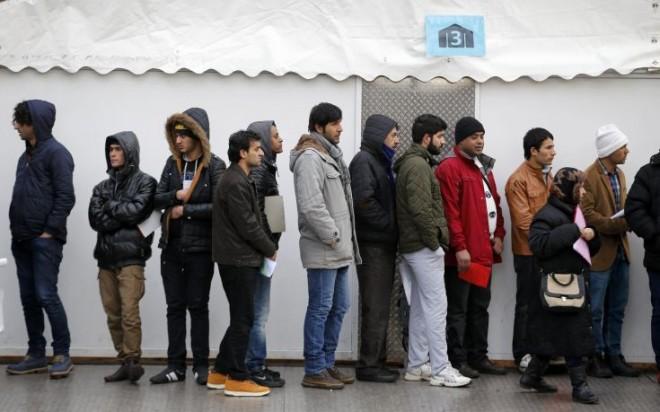 Απίστευτο μπάχαλο σε κέντρο κράτησης προσφύγων στη Γερμανία