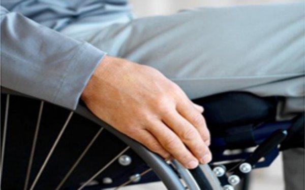 Έμεινε καθηλωμένος σε αναπηρικό καροτσάκι 43 χρόνια από λάθος διάγνωση