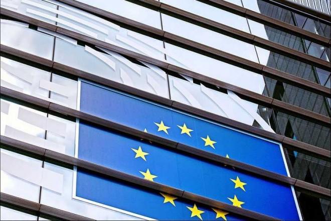 Ενιαίο κατώτατο μισθό προωθεί η ΕΕ – Πόσο αναμένεται να καθοριστεί