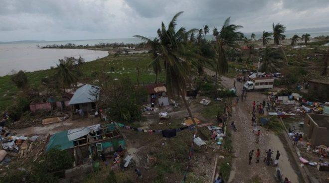 Αγωνία στις ΗΠΑ για τον τυφώνα Μάθιου που «θα σκοτώσει κόσμο»