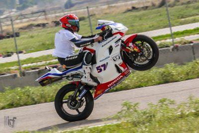 Ο Μιχάλης Κουσουμπός με Honda CBR600RR πρωταθλητής στην κατηγορία SuperSport 600
