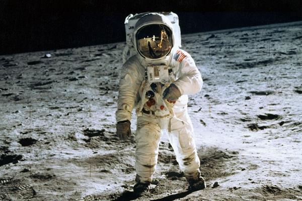 Οι αστροναύτες ψηλώνουν στο Διάστημα και αποκτούν προβλήματα στη σπονδυλική στήλη