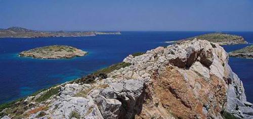 Τουρκικό ΥΠΕΞ: Υπάρχει πρόβλημα με την κυριότητα νησίδων στο Αιγαίο